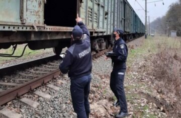"""""""Відкинуло на землю і почав горіти"""": селфі на поїзді для 16-річного українця стало останнім"""