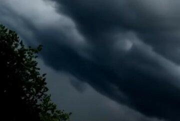 В Одесі оголосили штормове попередження: стихія обрушиться на жителів