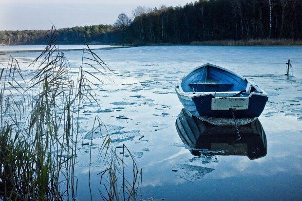 boat-1102638_960_720