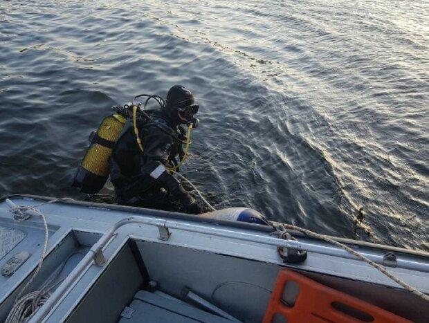 """Трагедія трапилася з відпочиваючим на Дніпрі: """"знайшли на глибині 7 метрів"""""""