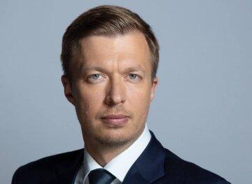 Підвищувати податки для українців, але знижувати їх для грального бізнесу – це вершина цинізму – нардеп