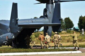 У Дніпрі підняли військову авіацію, літаки пронеслися над дахами: кадри того, що відбувається