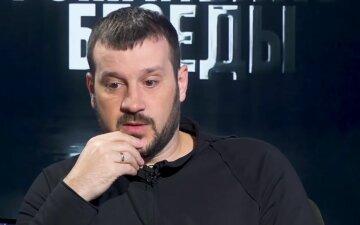 Активная часть общества, которая в принципе в Украине все свои проблемы решает одним способом, - Андрусив