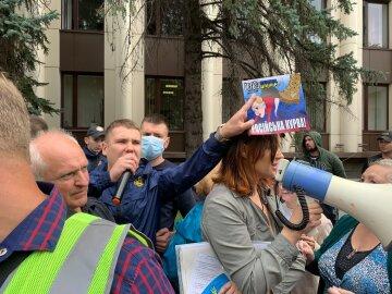 Нацкорпус в Днепре поставил на место экс-регионалку Шилову: «Не допустим пророссийской активности в нашем городе»