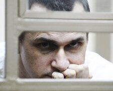 Все плохо, может не выжить: здоровье Сенцова ухудшилось, отказывается ехать в больницу