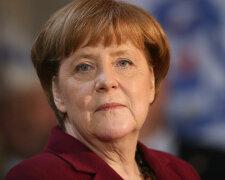 Merkel Hosts Annual Carnival Reception
