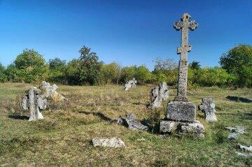 Обнимала могильный крест, представляя, что это ты: история Героя Небесной сотни пронимает до слез