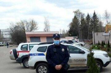 Під Харковом масово вкрали молоді дерева, фото: прямо біля школи і медцентру