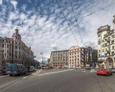 площадь Льва Толстого Киев