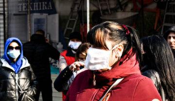 """""""Нам не на что жить!"""": под Днепром устроили протест из-за карантина"""
