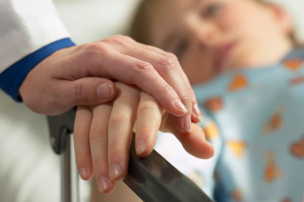 Небезпечний вірус лютує в Дніпрі, під загрозою діти: найстрашніші побоювання підтверджені