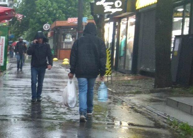 """Вот и лето прошло"": синоптики предупредили, когда Одессу накроют грозовые дожди"