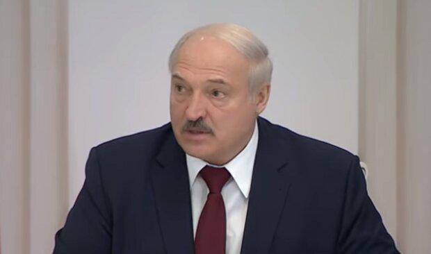 """Страйкуючі остаточно вивели із себе Лукашенка, президент пригрозив розбірками: """"Перейшли червону межу"""""""