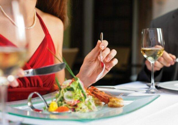женщина еда ресторан