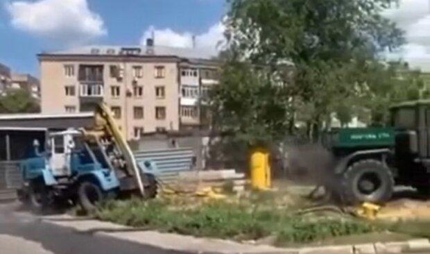 ЧП в центре Харькова: найдено тело коммунальщика, кадры с места событий