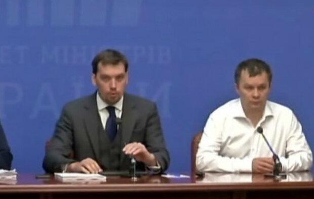Лесєв жорстко пройшовся по Милованову та іншим товаришам Гончарука: «Їм на все пох...»