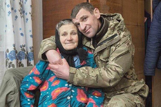 """Пережив пекло на Донбасі і віддав нирку синові: обірвалося життя українського """"кіборга"""""""