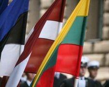 флаги-Балтии