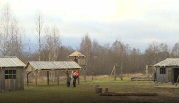 """В России для детей построили концлагерь времен Второй мировой, видео: """"Полное погружение"""""""