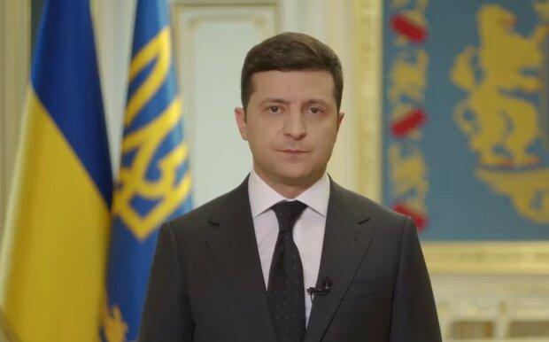 «Никто не вывезет»: Зеленский пригрозил украинцам прямо на камеру, появилось полное видео