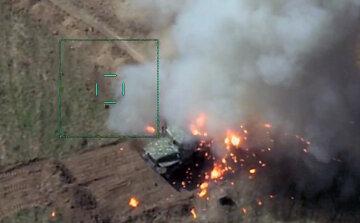 Азербайджан накрыл огнем Карабах, Армения несет катастрофические потери: кадры с места боев
