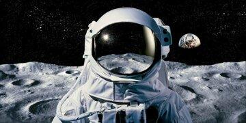 космос космонавт