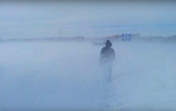 """Украинцев накрыл кровавый снег, кадры аномалии: """"Как в фильме ужасов"""""""