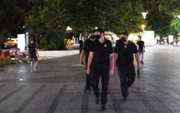 """На Одесчине напали на предприятие, """"устранив"""" охранников: """"надели пакеты на голову и..."""""""