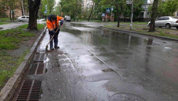 Ликвидированы подтопления в 8 районах столицы. Гидрослужбы продолжают усиленную работу