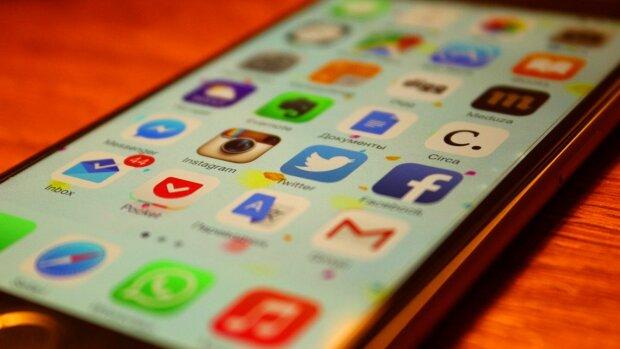 соцсети, Facebook,Twitter