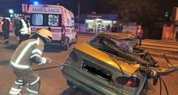 """Аварія забрала життя юного харків'янина, кадри трагедії: """"зіткнулися три авто"""""""