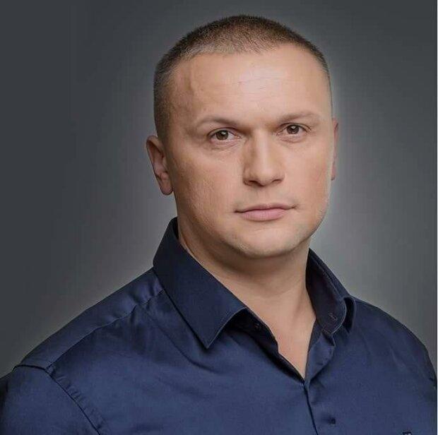 «Команда Кличка дискредитує Сенцова як можливого кандидата в президенти, в обмін на лояльність Зеленського по столиці»,- експерт