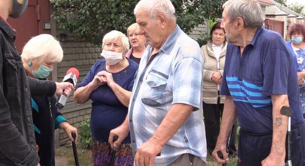 Харків'яни тонуть у каналізації: жителі молять Кернеса про допомогу, відео