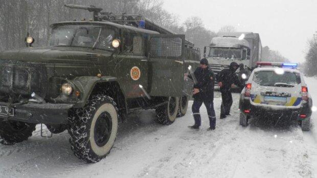 В Днепре объявили чрезвычайный уровень опасности, перекрывают улицы: в чем причина
