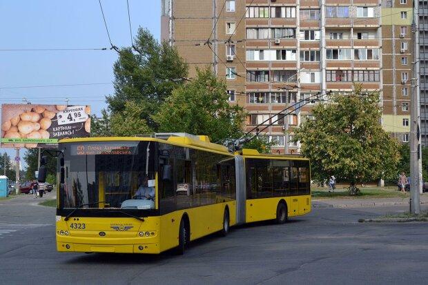 """У Києві проїзд в тролейбусі стане безкоштовним: коли чекати """"свята"""""""