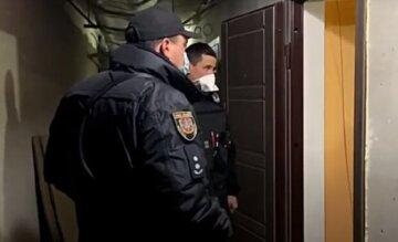 Бездиханні тіла людей знайдені в будинку на Одещині: деталі і кадри трагедії