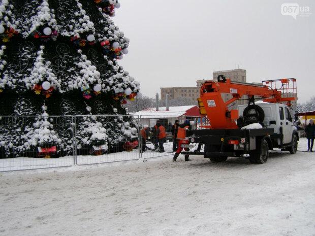 елка, демонтаж, Харьков