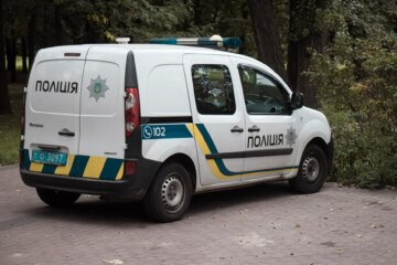 Чоловік атакував перехожого під магазином, в хід пішов ніж: деталі розбірок в Одесі