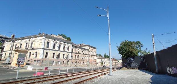 Одеситів залишили без дерев після реконструкції в центрі міста: промовисті фото