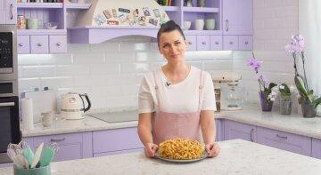 Звезда «Мастер Шеф» Глинская открыла секрет приготовления популярного десерта: «Вкус детства»