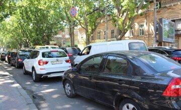 Агітація дійшла до безумства в Одесі: як псують автомобілі жителів, фото