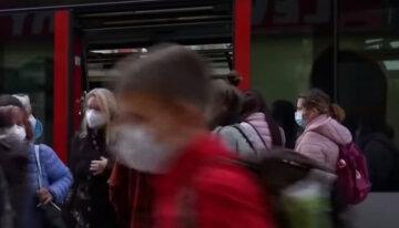 """Локдаун в Україні на свята: дніпрянам озвучили сумні перспективи, """"Кінець грудня і початок січня..."""""""