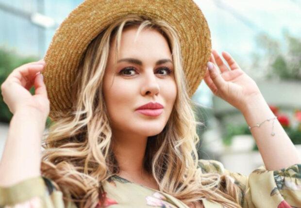 """""""Наоми Семенович"""": певица ошарашила экспериментом со внешностью, неожиданное фото"""