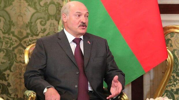 """""""Зовут людей на майданы"""": Лукашенко собрался выдворить со страны неугодных и перешел к мерам"""