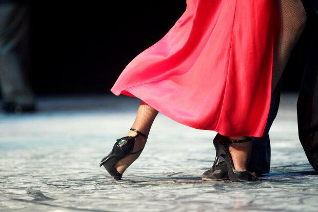 танцы з зирками, танцы со звездами, танці, ноги, танцевать