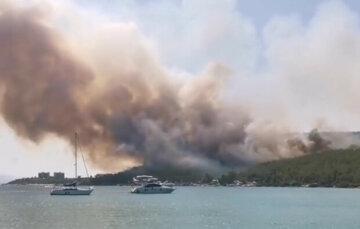 Пожежі в Туреччині: українцям повідомили про заборону відвідування, названі райони