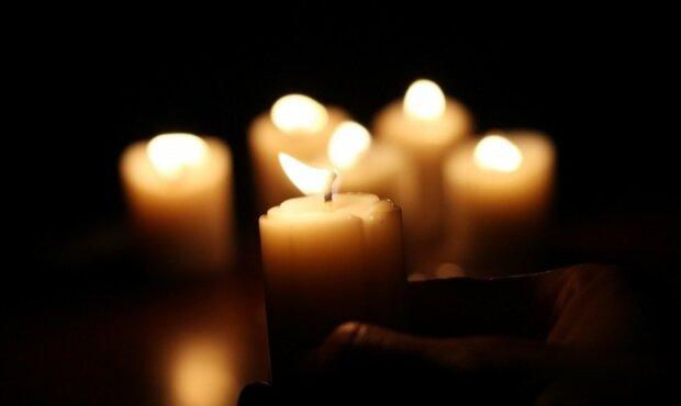 свечи траур
