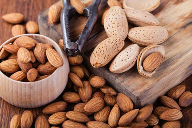 Нехватка кальция: топ-5 растительных продуктов, которые заменят молоко