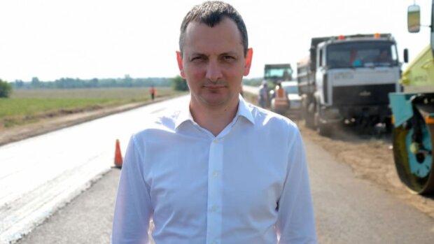 Юрий Голик посоветовал новому губернатору Днепропетровщины купить книгу «Госстроительство для чайников»