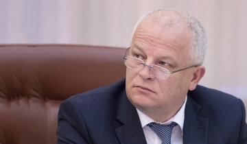Степан Кубив: сомнительное рефинансирование банков и громкие гулянки